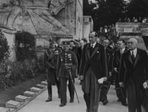 NAC_26_wizyta Becka w Rydze_na cmentarzu Bratnich Mogił
