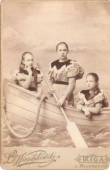 Józefa, Maria i Zofia - córki Leonarda Wyrzykowskigo